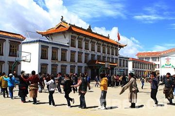四川省藏文学校2020年招生计划